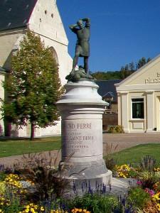 Grand_Ferré monument