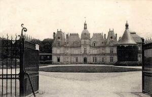 Ognon château,_façade_sur_la_cour_d'honneur
